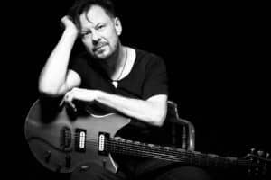 Q&A Scene: Guitarists' Special ~ Dave Leslie