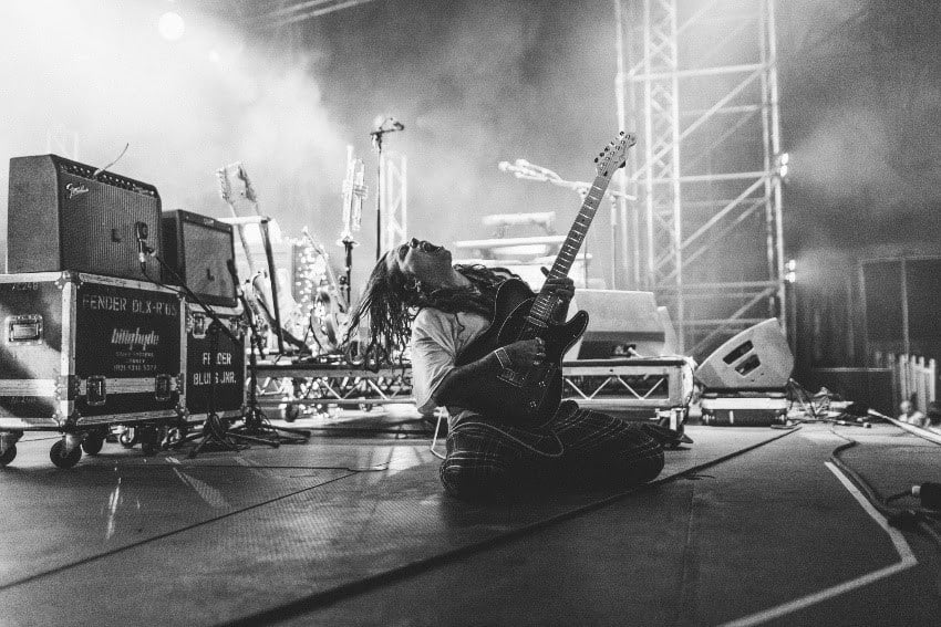 Scene News: Tash Sultana's Highly Anticipated Debut Album 'Flow State' Out Now
