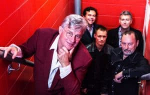 Q&A Scene: Greedy Smith ~ MENTAL AS ANYTHING