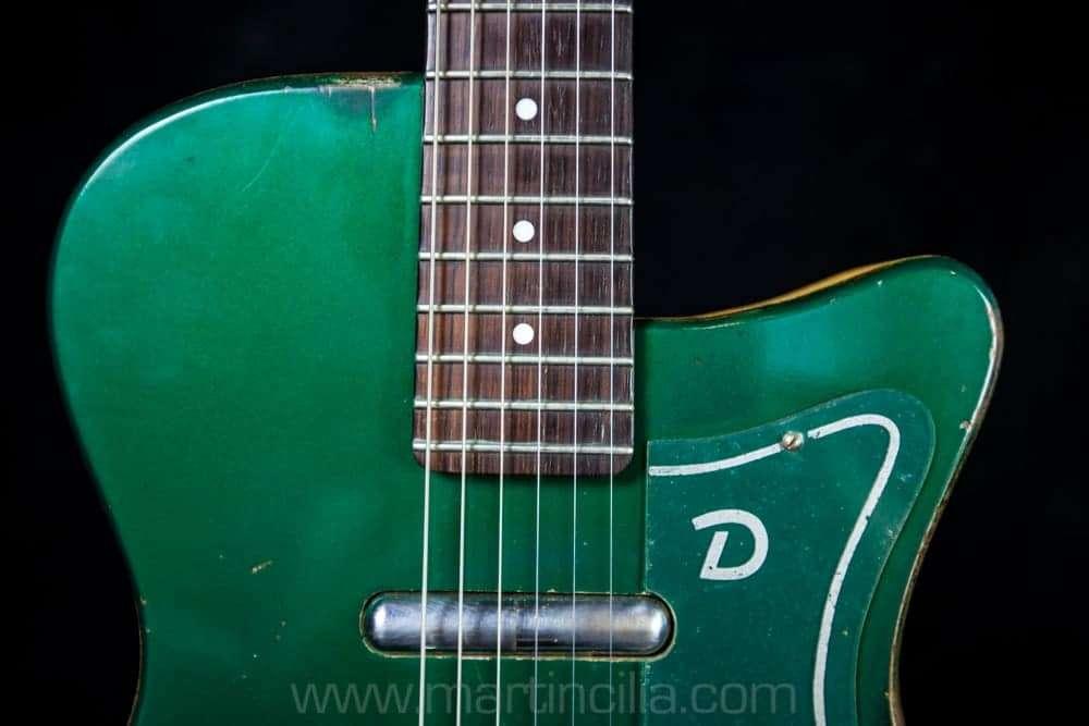 Vintage Guitar Scene: 1957 Danelectro U2 Green