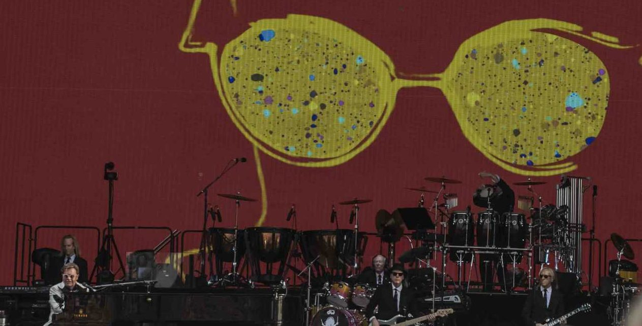 Review Scene: Elton John, A Day On The Green, Rochford Estate, 31st January 2020