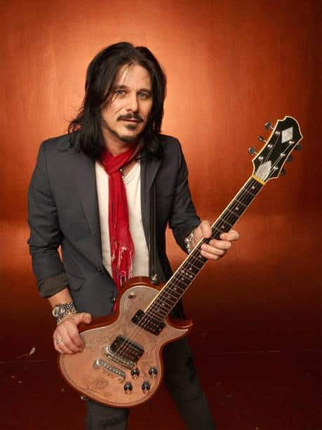 Scene News: Gilby Clarke releases video for new single 'Rock n' Roll Is Getting Louder'