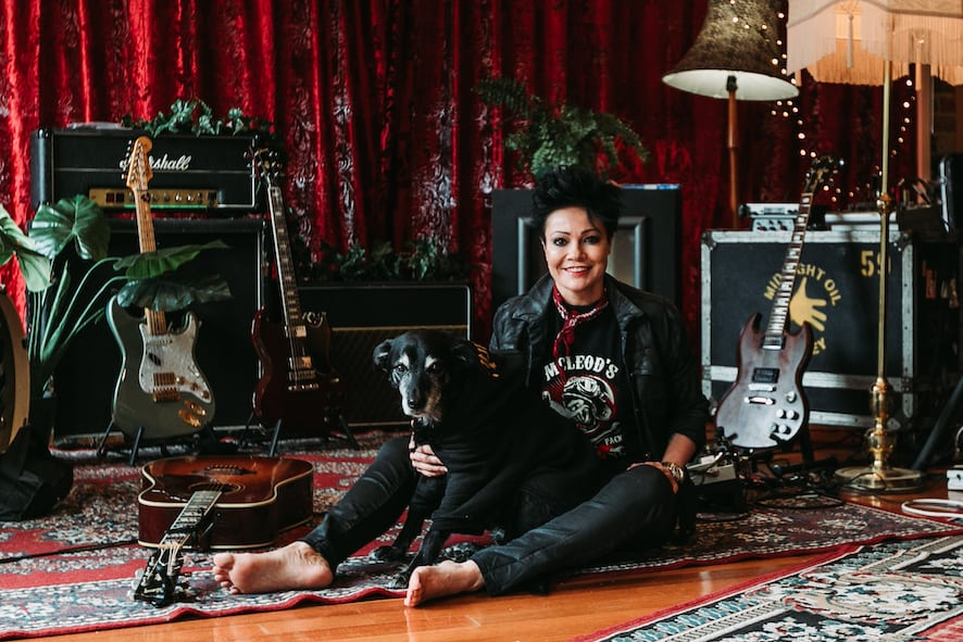 Scene News: Sarah Mcleod Shares Song For Chachi 'Chachi's Theme' + Announces National 'One Electric Lady' Tour For Feb / March