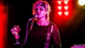 Snap Scene: Sarah McLeod with Mick Skelton - Pelly Bar, Frankston. 25th October 2017