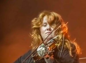 Cash Savage & The Last Drinks, Myer Music Bowl - 1st Feb 2021 by Mary Boukouvalas (7 of 35)
