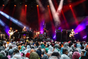 Cold Chisel, Rochford Wines, Melbourne 10th January 2020 by Paul Miles (18 of 30)