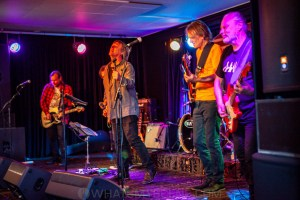 The Guitars that Ate Beaches XVII, Thirroul 8th Nov 2020 by Mandy Hall (16 of 48)