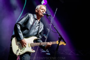 Icehouse at By the C, Catani Gardens, Melbourne 14th March 2021 by Paul Miles (24 of 73)