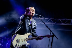 Icehouse at By the C, Catani Gardens, Melbourne 14th March 2021 by Paul Miles (56 of 73)