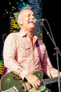James Reyne at By the C, Catani Gardens, Melbourne 14th March 2021 by Paul Miles (31 of 35)