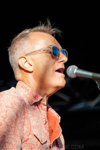 James Reyne at By the C, Catani Gardens, Melbourne 14th March 2021 by Paul Miles (5 of 35)