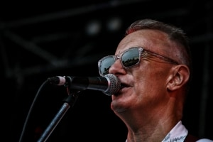 James Reyne, Red Hot Summer Tour, Mornington Racecourse, 18th January 2020 by Paul Miles (10 of 28)