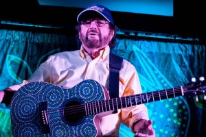 Kevin Bloody Wilson, Commercial Hotel, Melbourne 27th March 2021 by Paul Miles (24 of 46)