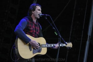 Pete Murray, A Day on the Green at Rochford Wines, Melbourne 9th November 2019 by Paul Miles (10 of 26)