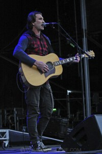 Pete Murray, A Day on the Green at Rochford Wines, Melbourne 9th November 2019 by Paul Miles (23 of 26)