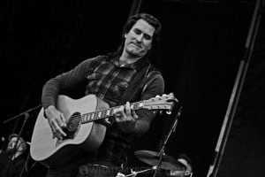 Pete Murray, A Day on the Green at Rochford Wines, Melbourne 9th November 2019 by Paul Miles (6 of 26)