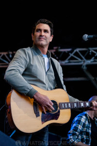 Pete Murray at By the C, Catani Gardens, Melbourne 14th March 2021 by Paul Miles (12 of 34)