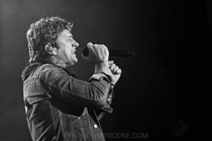 Rob Thomas, A Day on the Green at Rochford Wines, Melbourne 9th November 2019 by Paul Miles (4 of 33)