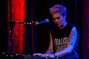 Sarah McLeod, Sooki Lounge, Melbourne 26th March 2021 by Paul Miles (5 of 68)