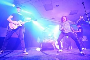 The Screaming Jets - York on Lilydale 12-Jan-2019 by Paul Miles -6