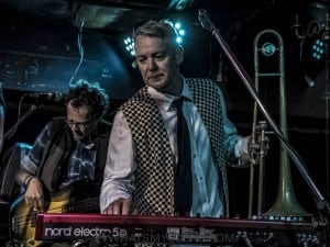 King Tide at Special Oz'D 2019 at Marrickvile Bowlo, 1st November 2019 by Mary Boukouvalas (8 of 9)