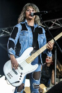 Suzi Quatro - Bendigo Racecourse, Melbourne 23rd Feb 2019 by Paul Miles (10 of 28)