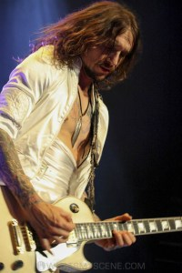 The Darkness, Forum Theatre, Melbourne 14th March 2020 by Paul Miles (34 of 40)